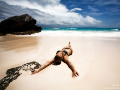 sexy-girl-on-the-beach-summer-lifestyle-travel-destinations-vacation-photography-landscapes-great-atmosphere